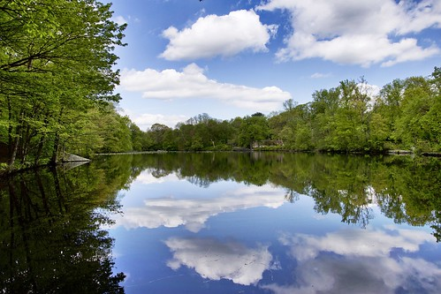 mirror nature serene newyork westchester relection lake sky clouds landscape river water
