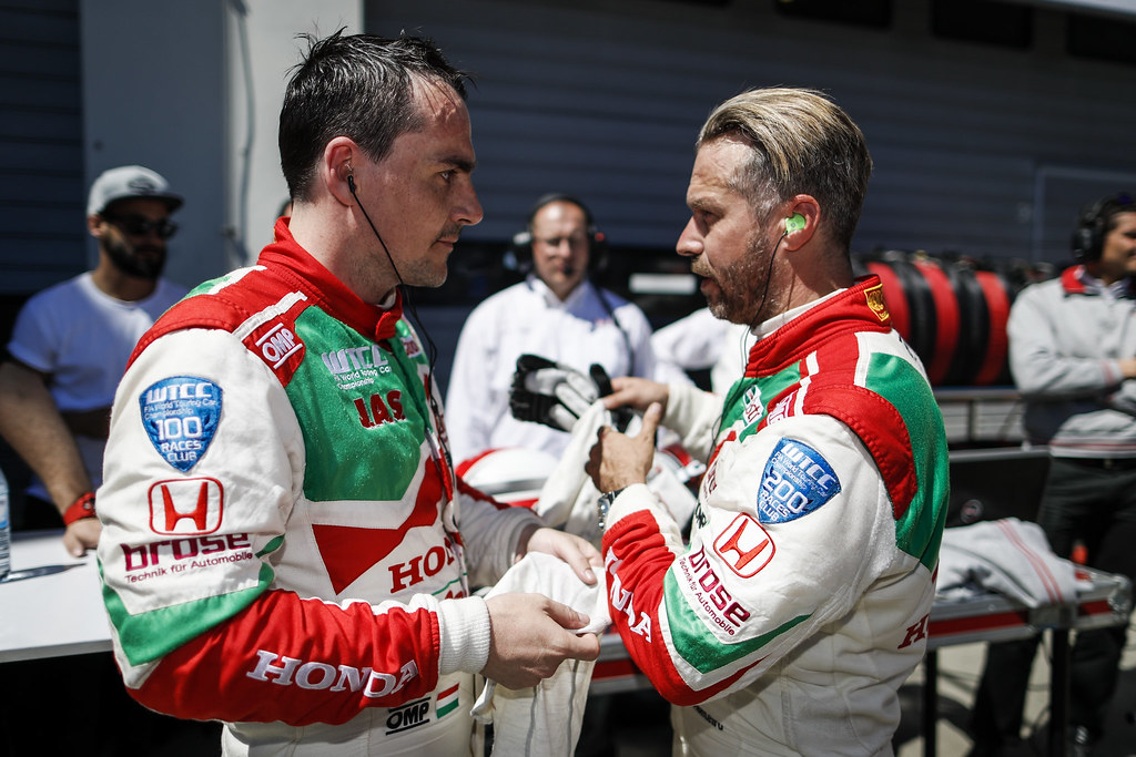 MICHELISZ Norbert (hun), Honda Civic team Castrol Honda WTC, and MONTEIRO Tiago (prt), Honda Civic team Castrol Honda WTC, ambiance portrait during the 2017 FIA WTCC World Touring Car Race of Nurburgring, Germany from May 26 to 28 - Photo Florent Gooden / DPPI