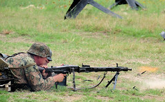 """MG 42 """"Hitler's buzz saw"""""""