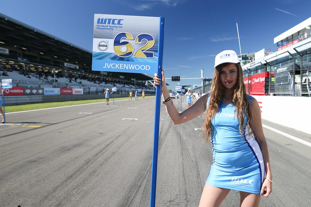 grille de depart starting grid girl ambiance during the 2017 FIA WTCC World Touring Car Race of Nurburgring, Germany from May 26 to 28 - Photo Antonin Vincent / DPPI