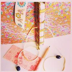 Journal with Japanese inspiration and fully detailed  Livro em branco de inspiração Japonesa, cheio de detalhes #avedouda #thingswithsoul #jpurnals #guestbook #recipebook #traveljournal #album #photoalbum #detailed #babybook #japanese #japanesestyle #inst