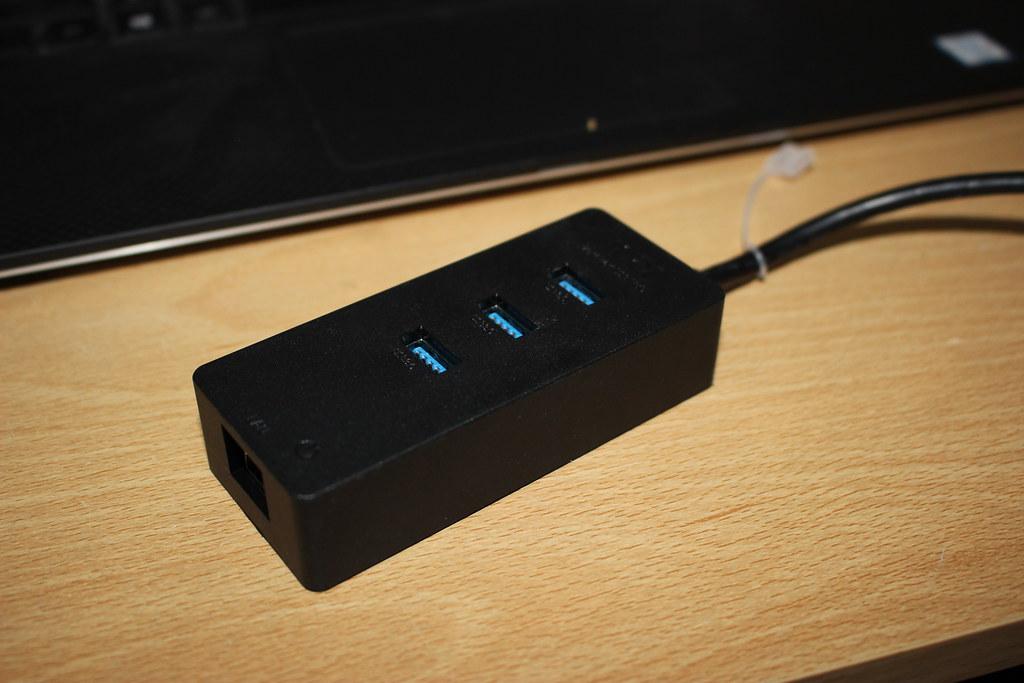 USB 3.0 Hub with Gigabit Ethernet port