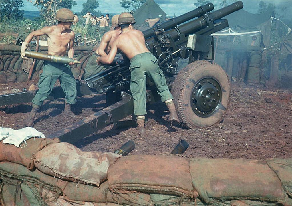 Gun team works together