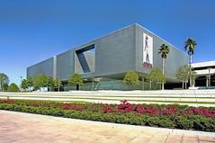Tampa Museum of Art, 120 West Gasparilla Plaza, Tampa, Florida, USA / Architect:  architect Stanley Saitowitz / Grand Opening: February 6, 2010