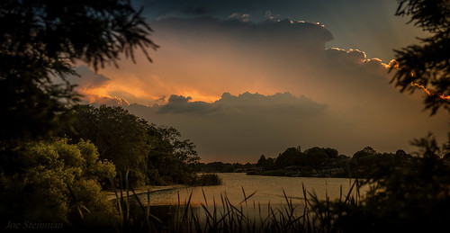 light clouds lake mangolake landscape cloudscape waterscape inspirational beauty naturesbeauty nature trees naturalbeauty illumination