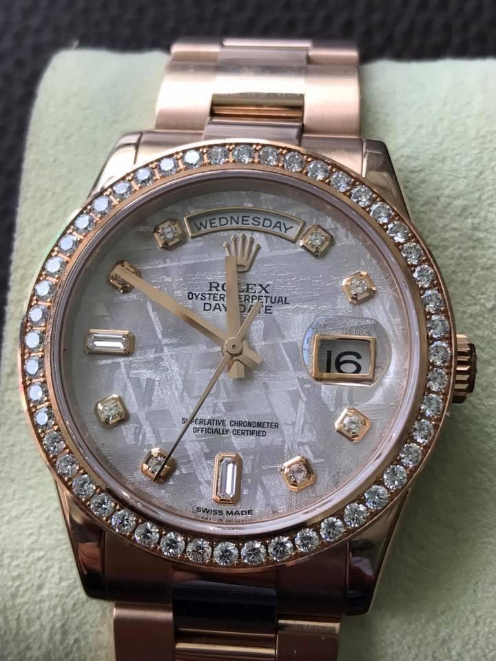 Đồng hồ rolex day date 6 số 118205 – mặt đá thiên thạch – size 36mm – vàng hồng 18k
