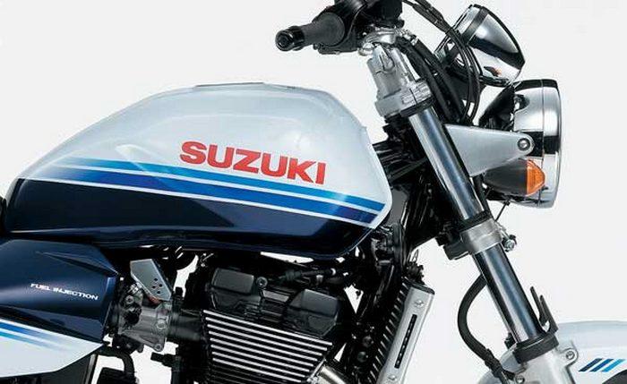 Suzuki GSX 1400 2003 - 26