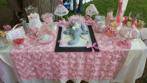 Baby Elephant Cake by Verdah Khan of Sweet Treats
