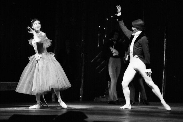 Margot Fonteyn as Marguerite and Rudolf Nureyev as Armand in Marguerite and Armand (1963), The Royal Ballet © 1963 Royal Opera House/Roger Wood