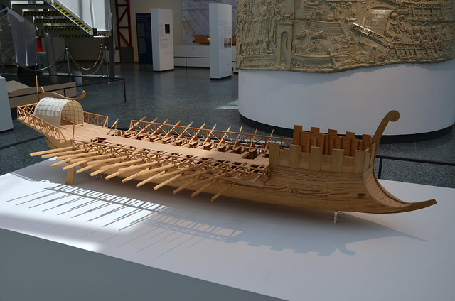 Model of a Roman ship as shown on Trajan's Column, Museum für Antike Schiffahrt, Mainz