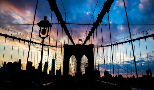 silhouette cityscape travel nyc newyork 2017 summer canon6d ef24105 june photowalk sunset clouds contrast usa brooklyn bridge