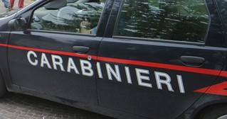 lite-tra-due-uomini-senza-fissa-dimora-arrivano-i-carabinieri-560fa68bb03ca3