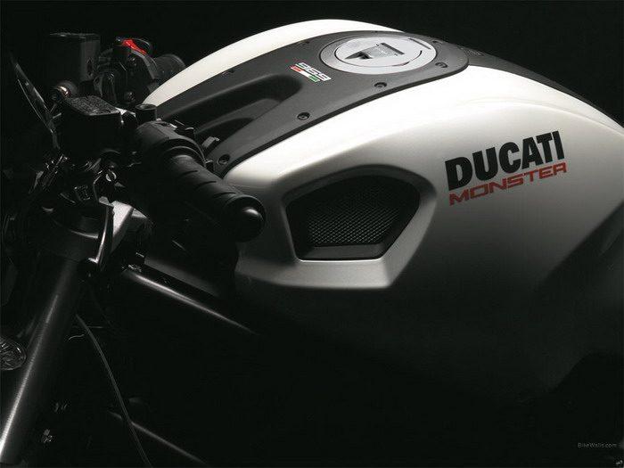 Ducati 696 MONSTER 2008 - 8