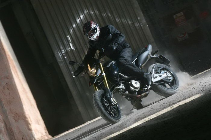 Aprilia SMV 750 DORSODURO 2012 - 35
