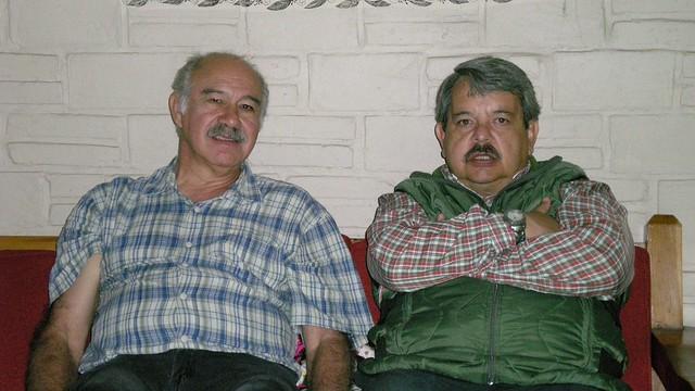 EDMUNDO & Cesar, Nikon COOLPIX S200