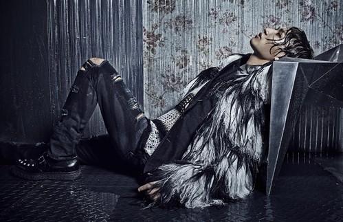 BIGBANG Harpers Bazaar 2014 (1)