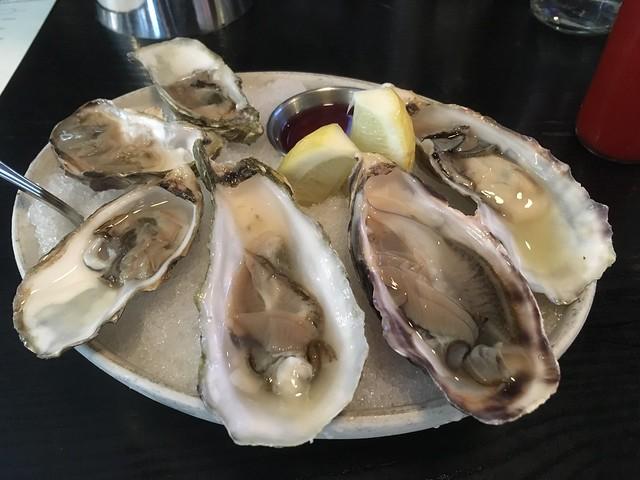 Oysters - Hog & Rocks