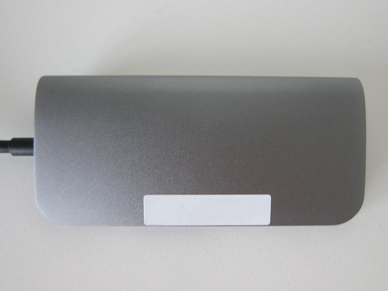Satechi Aluminum USB-C Multi-Port Adapter - Bottom