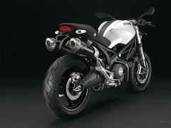 Ducati 696 MONSTER 2008 - 26