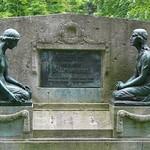Auf dem Französischen Friedhof II (3)