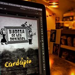 World Office  #work #worldoffice #beer #lager #Capunga #thursdaynight #thursday #pernambuco #beerporn #vscocam #premium #brazil  #photographyoftheday #beerphotography #vscocamphotos #photoshop #freela #freelancer #design #graphicdesign #pernambucoemfoco