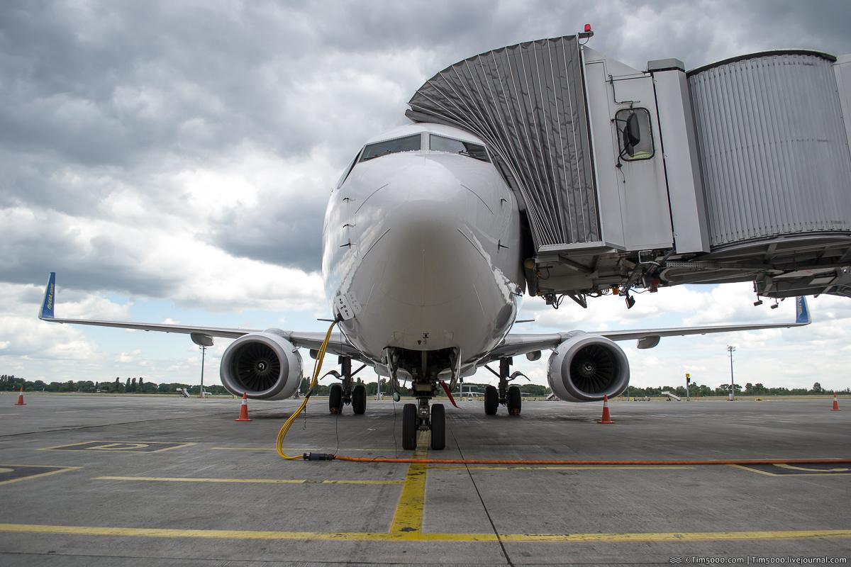 МАУ Boeing 737-800 UR-PSU