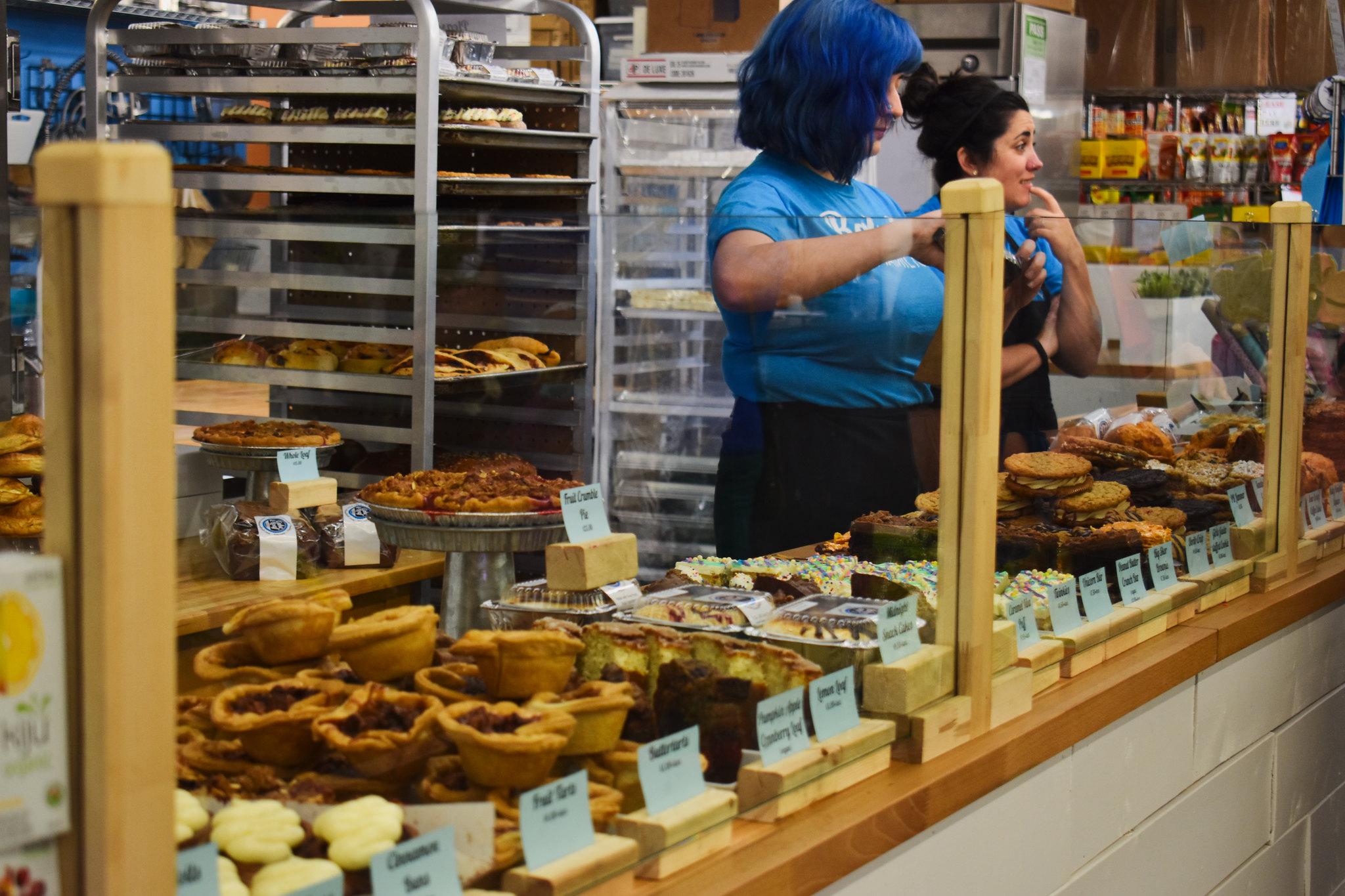 Hamilton Farmers' Market Cake and Loaf