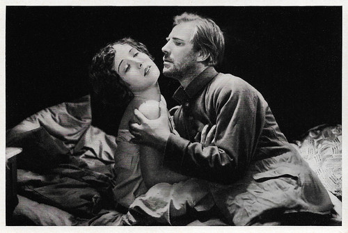 Dita Parlo and Lars Hanson in Heimkehr (1928)