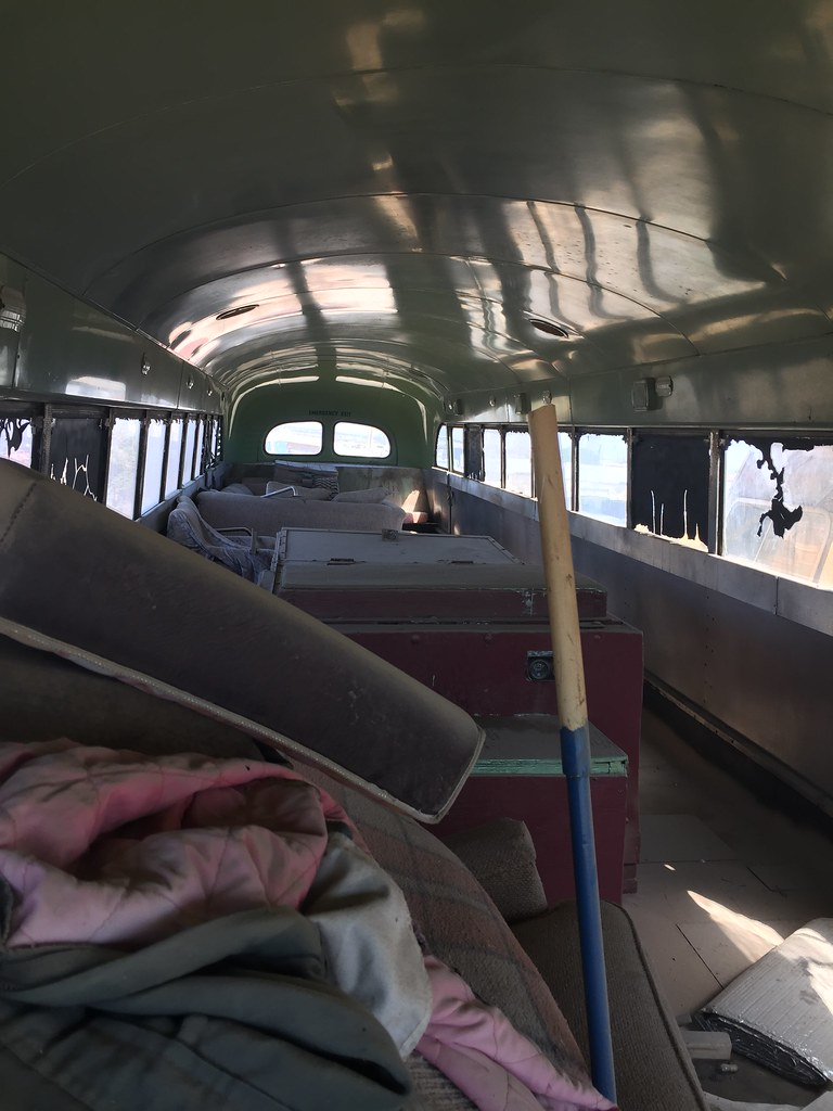 El Paso Junk Yards >> I M Assuming This Is A 1971 Model Of The Crown Bus It S A Flickr