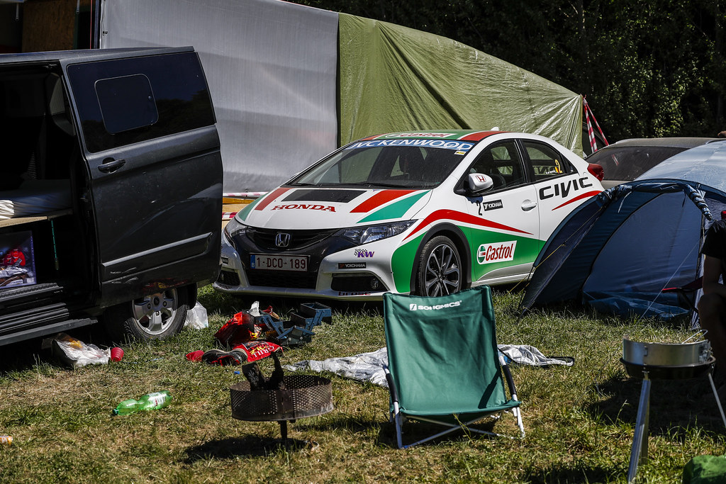 Honda Civic campground ambiance during the 2017 FIA WTCC World Touring Car Race of Nurburgring, Germany from May 26 to 28 - Photo Florent Gooden / DPPI