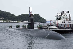 USS Olympia (SSN 717) prepares to moor at Fleet Activities Yokosuka, May 31. (U.S. Navy/MC2 Brian G. Reynolds)