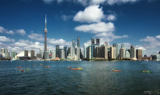 Harbourfront Kayaking - Toronto (Ontario, Canada)