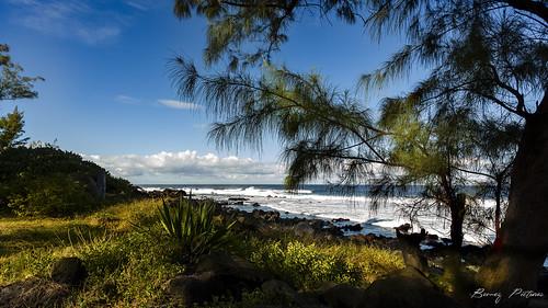 reunion paysage exterior landscape seascape sky clouds trees nature beach beautiful exotic tropical island colors