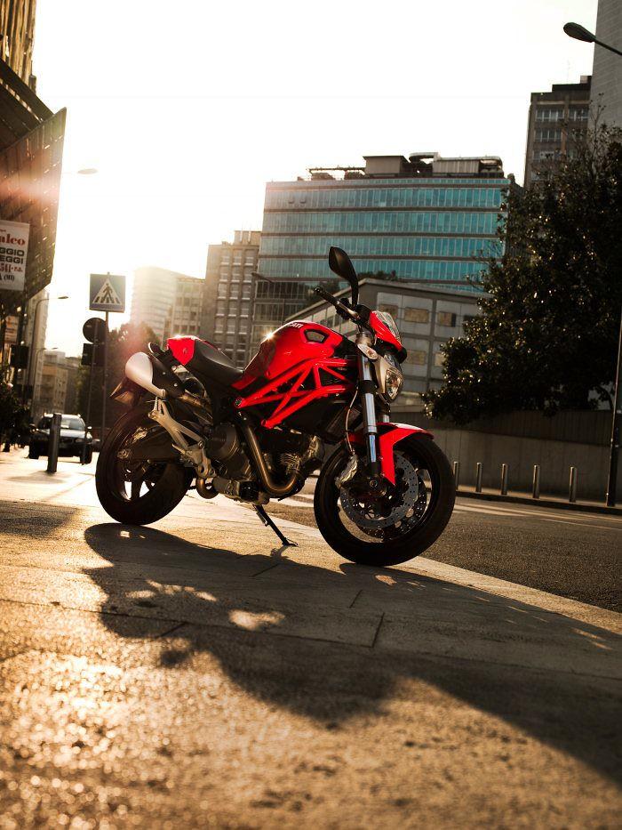 Ducati 696 MONSTER 2008 - 4