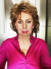 Selfie - Make-up and hair for interview