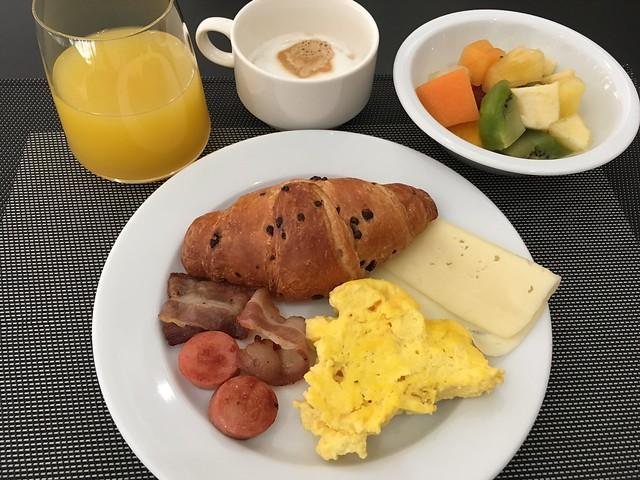 Breakfast buffet - AC Hotel Genova