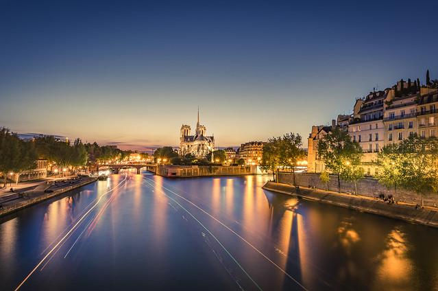 Notre-Dame at blue hour