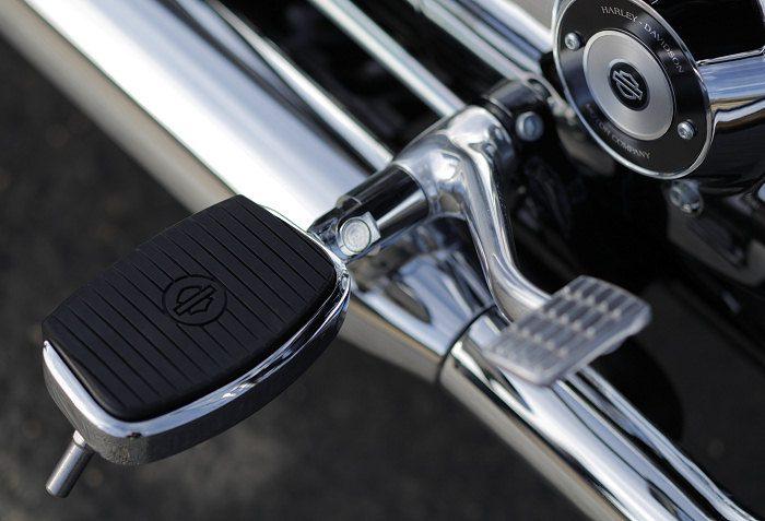 Harley-Davidson XL 1200 T SUPERLOW 2014 - 13