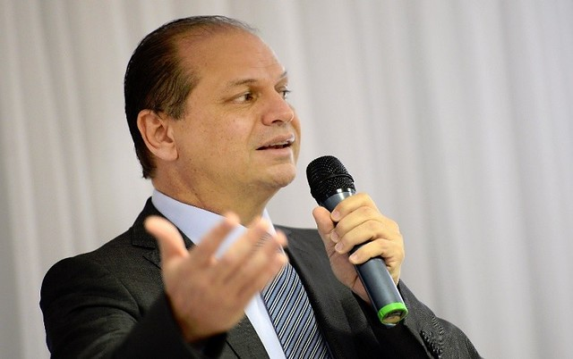 Barros assinou contrato com laboratório Blau para fornecer por R$ 5,19 remédios que a Fiocruz produz por R$ 0,17 - Créditos: Arquivo/EBC