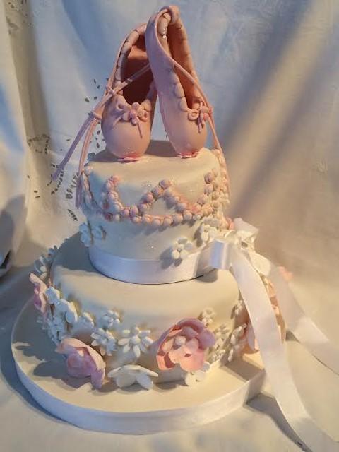 Cake by Marina Silvia Rothhuber of Silvycakes