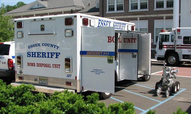 Essex County NJ Sheriff - Ford F550 - Bomb Squad  (02)