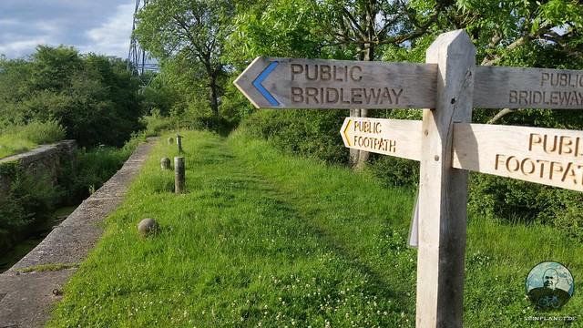 Public Footpath/Bridleway