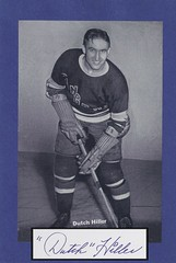 """1934-43 NHL Beehive Hockey Photo / Group I - WILBERT """"DUTCH"""" HILLER (Left Wing) (b. 11 May 1915 - d. 12 Nov 2005 at age 90) - Autographed Hockey Card / Cut (New York Rangers) (#278)"""