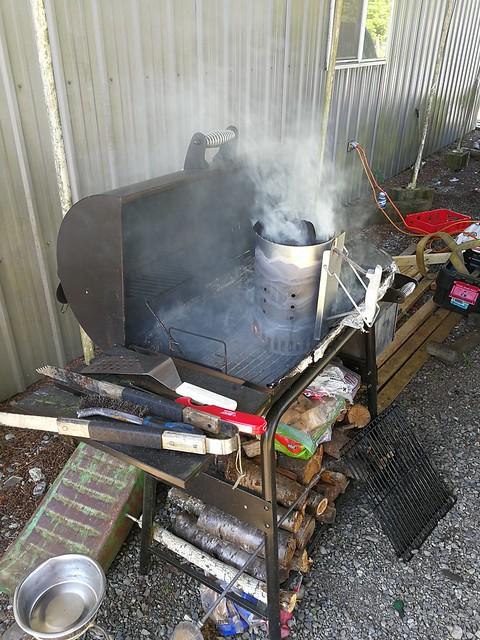 Sun, 05/28/2017 - 11:34 - Gettin ready to BBQ!