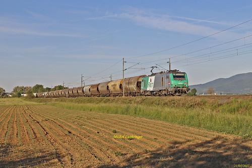 BB 27051 Train 75122 Perrigny-Hausbergen à Raedersheim