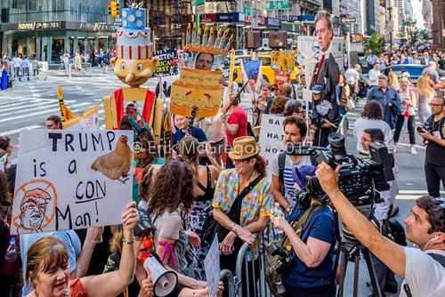 EM-170614-TrumpBirthdayProtestNYC-014