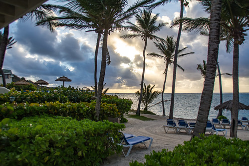 westindies caribbean antigua stjamessclub sunrise seaside sea