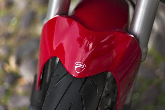 Ducati 821 Monster 2014 - 16