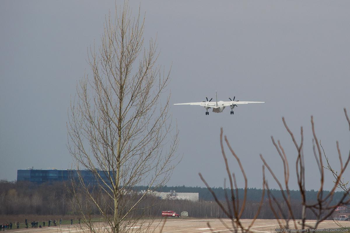 Первый полет самолета Ан-132D