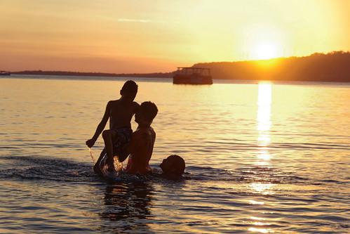 vanuatu efate nivanuatu beach sunset happykids